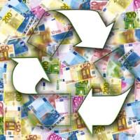 Ways Being Green can help your Personal Finances